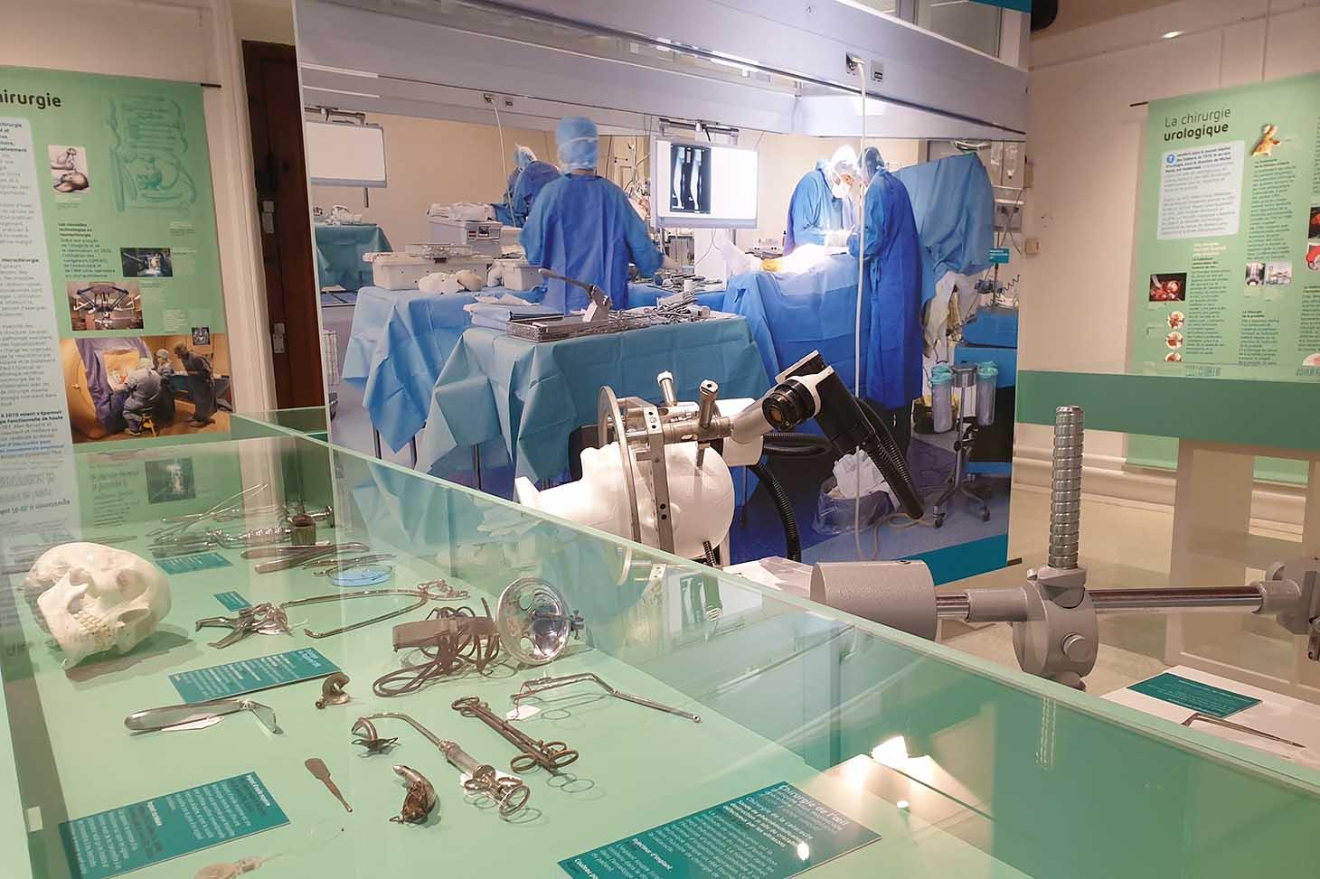 Exposition Cousu main - Musée grenoblois des sciences médicales
